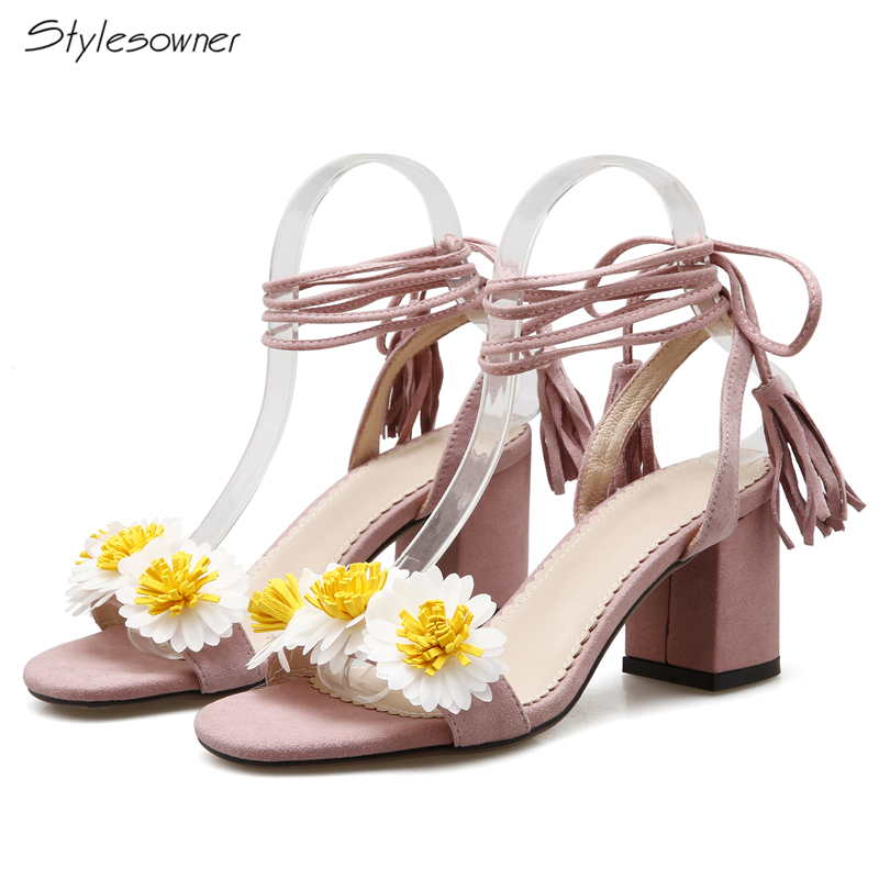 цена на Stylesowner Women Laces Flower Summer High Heels Sandals Cross Tied Fringe Beach Ladies Shoes Chunky Heels Open Toe Sandals Sexy