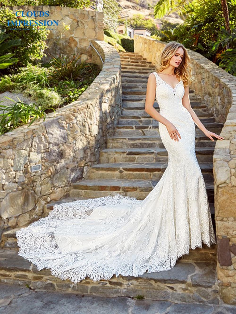 CLOUDS IMPRESSION Sexy V neck 2019 Lace Mermaid Wedding Dress Button Illusion Vestige De Noiva Bridal