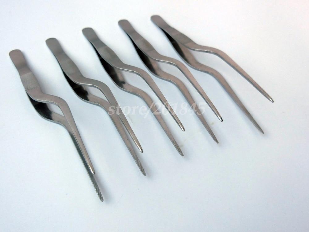 ФОТО 50Pcs Surgical Tweezers For Medical Accessories Ear Forceps ENT Instrument Bending Gun Shape Dentate Ear Forceps Dressing