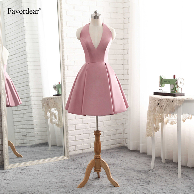 Favordear Short Satin Homecoming Dress A Line Backless Halter V Neck Bridesmaid  Gowns 2018 4a5a36151f8b