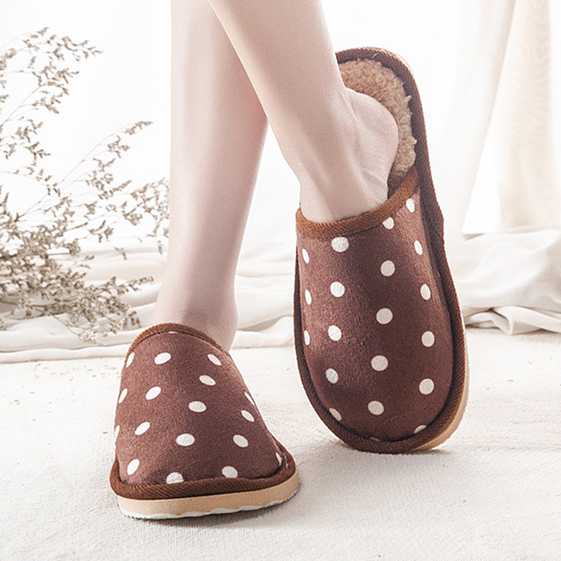 Winter Women Cotton Home Slippers Men Fashion Lovers Couple Slip on Slipper Soft Polka Dot Floor Indoor Flat Shoes for Woman fashionable embroidered polka dot embellished thin neck tie for men