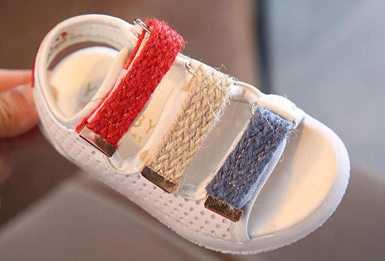2019 Zomer Baby Jongens en Meisjes Sandalen Gloeiende Fashion Kids Sneakers Led-verlichting Peuter Zachte Bodem Strand Schoenen Ademend