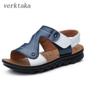Сандалии из натуральной бычьей кожи для мальчиков, пляжные сандалии с открытым носком, мягкие уличные детские тапочки, обувь для лета 2020