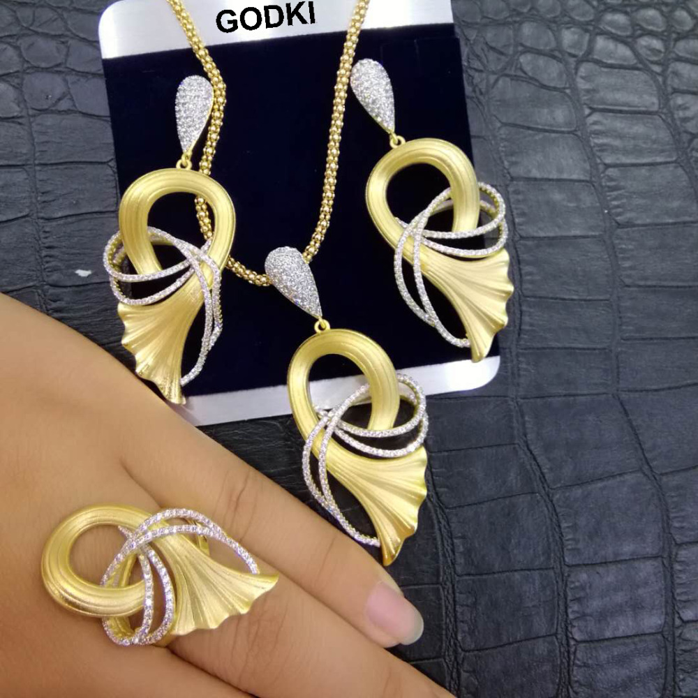 GODKI Luxury Ginkgo Leaf African Bangle Ring Set Indian Jewelry Sets For Women Wedding Engagement brincos para as mulheresGODKI Luxury Ginkgo Leaf African Bangle Ring Set Indian Jewelry Sets For Women Wedding Engagement brincos para as mulheres