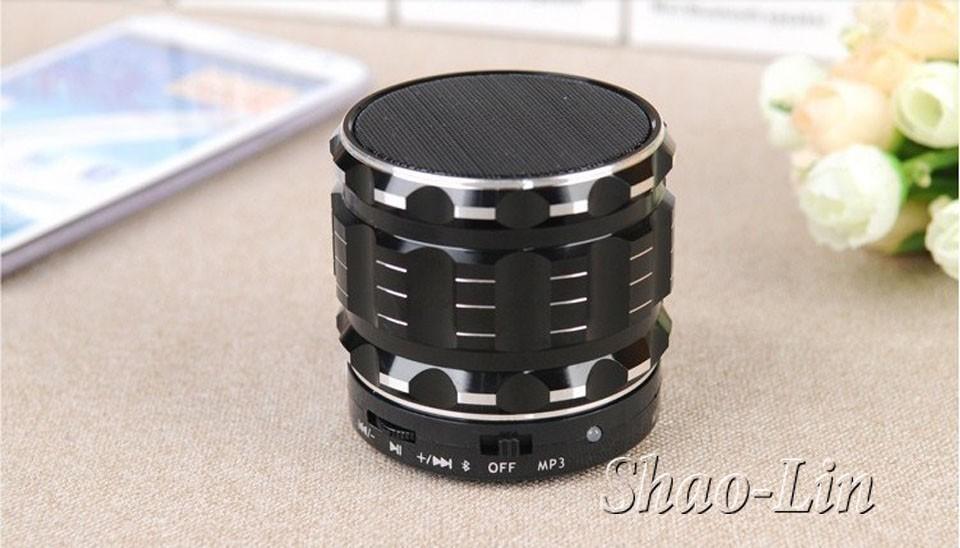 2015-Portable-Mini-Bluetooth-Speakers-Metal-Steel-Wireless-Smart-Hands-Free-Speaker-With-FM-Radio-Support-12