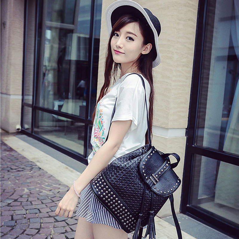 ФОТО Vintage Weaving tassels fashion trend retro  single shoulder  rivets female package backpack big capacity women's bag