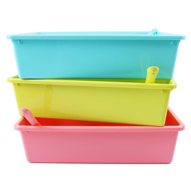 Eco-friendly Plastic Cat Litter Box with Scoop