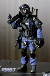 Image 1 - New Free Shipping  NEW Arrival  action figure soldier toys /military toys(SWAT BREACHER)