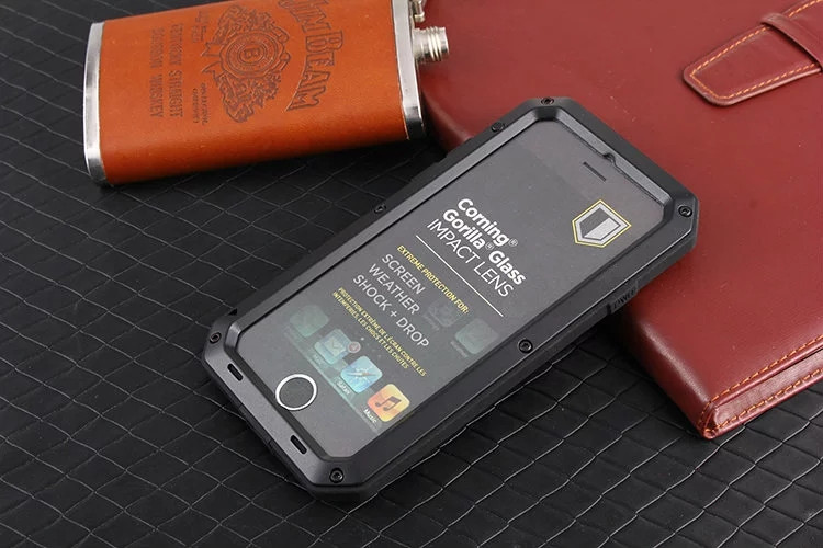 Luxury Doom Metal Armor Case for IPhone 7 7S Life Waterproof Shock Proof Aluminum Silicon Cases for IPhone7 Plus+ Tempered Glass