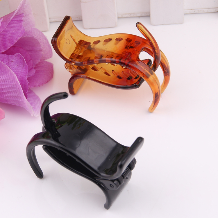 2 PIECES Jewelry PE and Plastic Hair Claw 3 Tines Black Brown Color for Girls simple and graceful Hair Band New Fashion Clip
