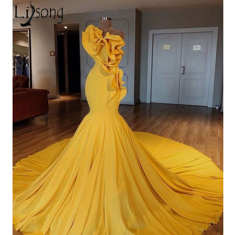 2018 saoudien arabe jaune sirène robes de bal spécial conçu volants longues robes de bal Vestidos de gala robe de soirée élégante