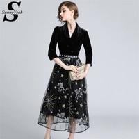 SunnyYeah Black Autumn Winter Dress Women 2018 Fashion Embroidery Velvet Dress Ladies Designer Party Dresses Robe Femme Vestidos