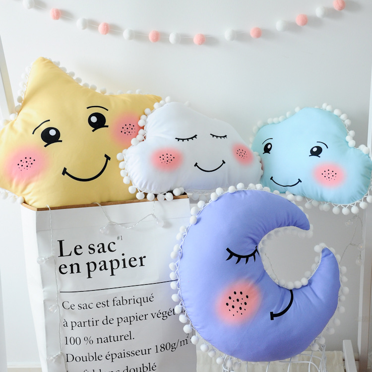 Cartoon Cloud Star Moon Smile Emoji Cushion Pom Pom Baby Calm Sleep Pillow Nordic Kids Gift Stuffed Toys Baby Girls Room Decor