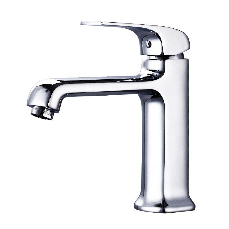 купить Copper Vertical Basin Faucet Hot and Cold Faucet Bathroom Sink Square Single Basin Sink Faucet YU-o по цене 5078.76 рублей