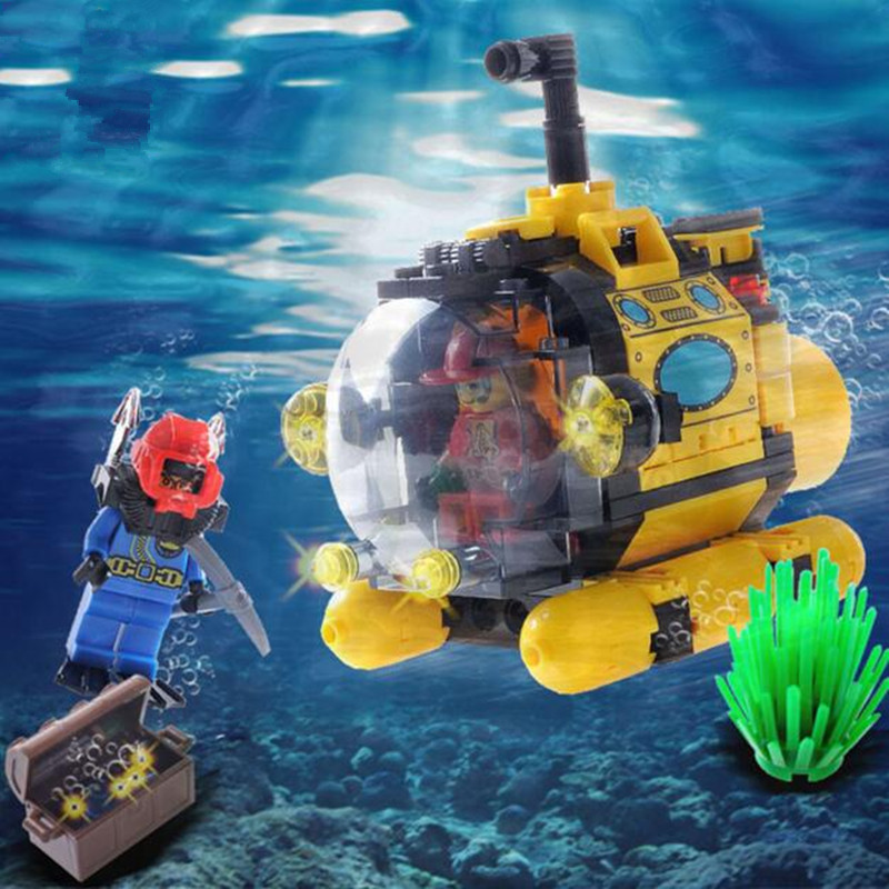 122pcs Pirate Series Undersea Exploration Submarine Model Building Bricks Kit Assembled Blocks Toys for Kids Boy's Birthday Gift 12 style one piece diamond building blocks going merry thousand sunny nine snakes submarine model toys diy mini bricks gifts