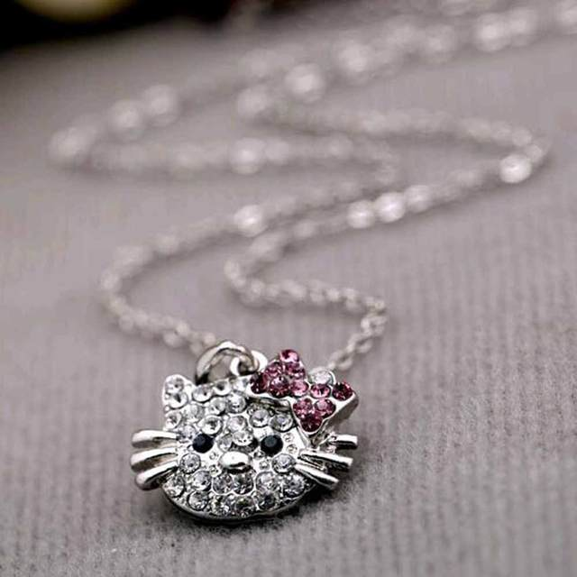 b0ec0db06 FAMSHIN 2017 New Arrival Fashion Crystal Cat Rhinestone Hello Kitty necklace  Bowknot KT Jewelry For Girls Necklace-in Chain Necklaces from Jewelry ...