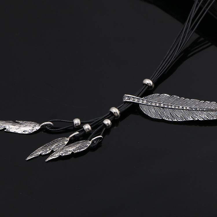 HTB1R3P4KVXXXXa5XXXXq6xXFXXXc - Women Necklace Alloy Feather Statement Necklaces Pendants Vintage Jewelry Rope Chain Necklace Women Accessories for Gift