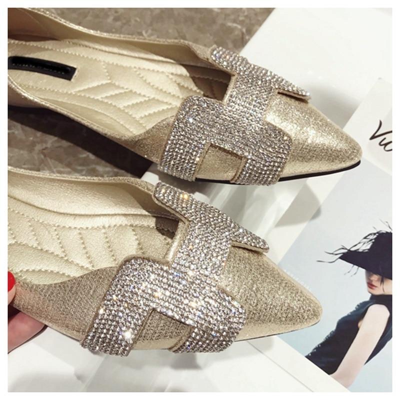 16  SUOJIALUN Vogue Girls Flat Ballet Footwear Bling Crystal Pointed Toe Flats Footwear Elegant Snug Woman Shiny Footwear HTB1R3XkrMKTBuNkSne1q6yJoXXaC