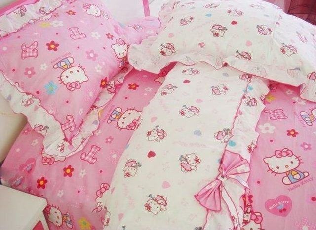 Classic hello kitty laciness bow 100% cotton bedding piece set duvet cover pillow case bedspread 1.8M