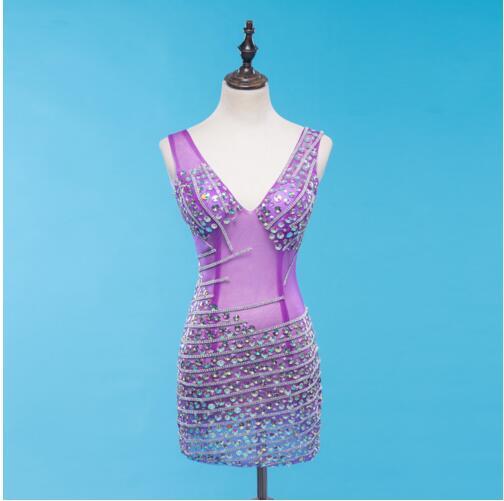 Nouveau design lumineux multicolore strass noir violet maille robe célébrer robe discothèque femmes chanteur spectacle sans manches robe