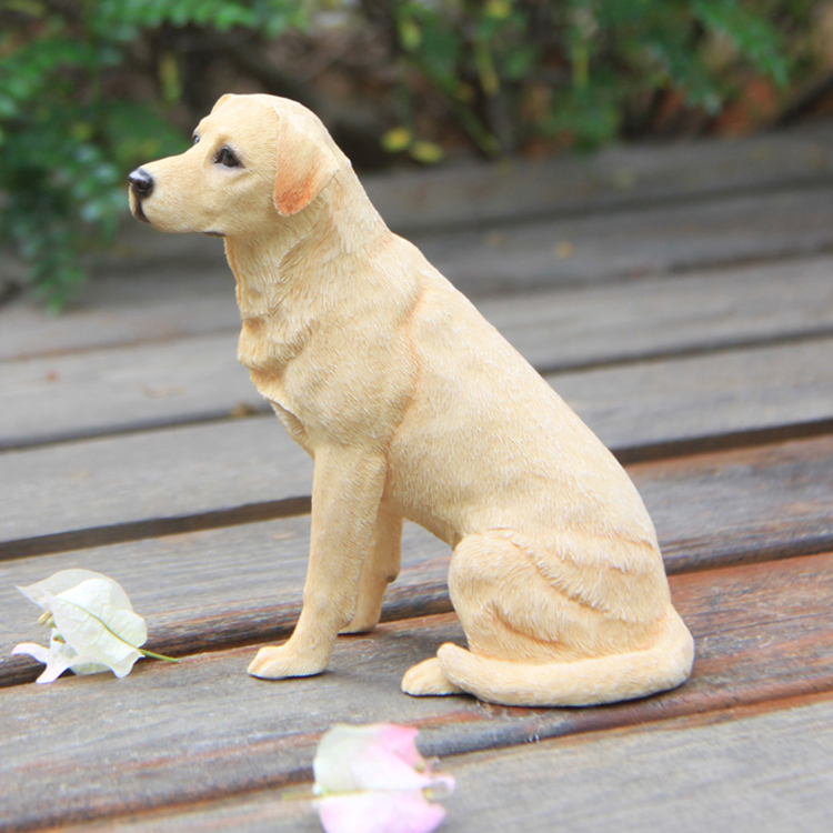 Fashion Labrador Retriever Sitting Posture Simulation Dog Model Car Handicraft Furnishings Figurines Miniatures Decoration Craft