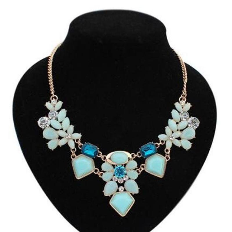 Xinyi jewelry wholesale 2015 New Hot Boutique Colorful Bohemia Female Gem Necklace Wholesale Simulation