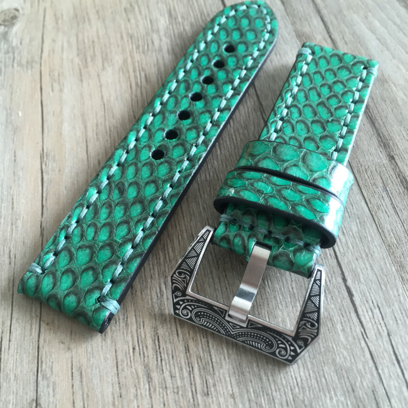 Luxury leather Straps 20mm 22mm 24mm 26mm Vintage Green Genuine leather Python Skin Strap Bracelet For Panerai PAM Watch bands new matte red gray blue leather watchband 22mm 24mm 26mm retro strap handmade men s watch straps for panerai