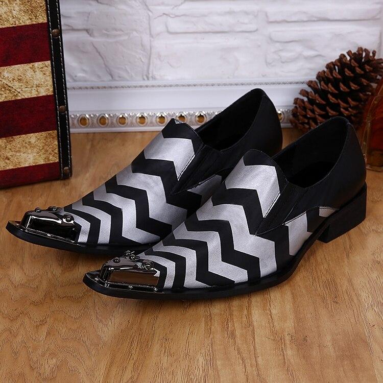 Zapatos hombre黒スパイクローファーストライプメンズ尖ったつま先ドレスシューズイタリア革sapatoソーシャルブランド靴男性フラッツ  グループ上の 靴 からの 正式な靴 の中 1