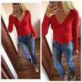 New Fashion Sexy Women Knitted Sweater And Pullovers Deep V Neck Sweaters Long Sleeve Slim Bottoming Sweater 2017 Autumn