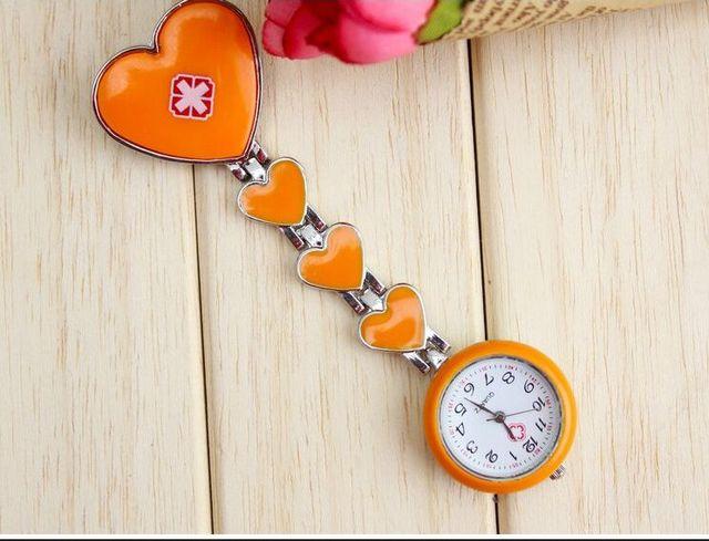 Free shipping Clip Nurse Doctor Pendant Pocket Quartz Red Cross Brooch Nurses Watch Fob Hanging Medical