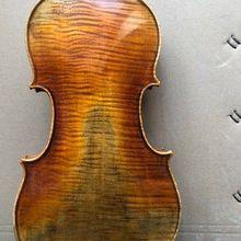 Мастер 4/4 Скрипки модель stradi 1 шт. верхом из обожжённого Клёна с задней приятный тон Скрипки NO3