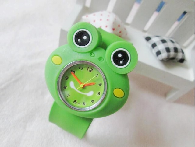 Free shipping Cartoon frog  slap  kids children boys wrist watch best gift