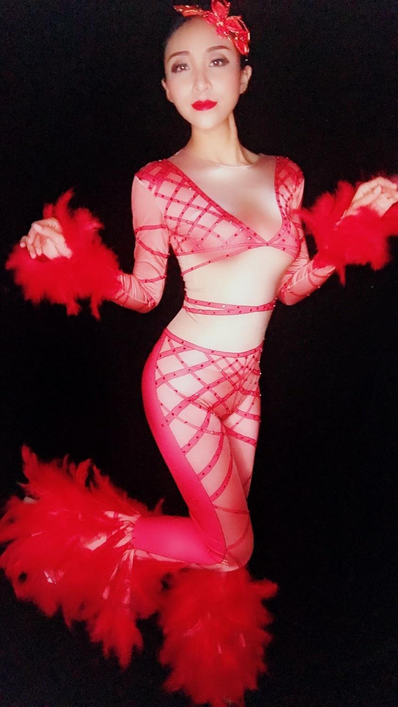 D'anniversaire Bling Passerelle Rouge Strass Dj Femelle Costume Tenues Red Bal Plume Chanteur Tenue Discothèque Combinaison Fête Modèle YUPwqRA