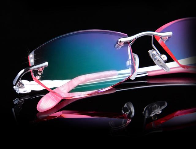 Pure titanium óculos mulheres óculos sem aro de diamantes lente de corte de lentes de óculos de armação de alta claro senhoras óculos de leitura 65079