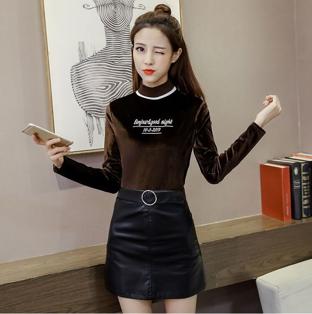 2017 Spring Women Full Sleeve Velvets T Shirts Tops With Letter Patterns Girl O-neck Solid Soft Tees