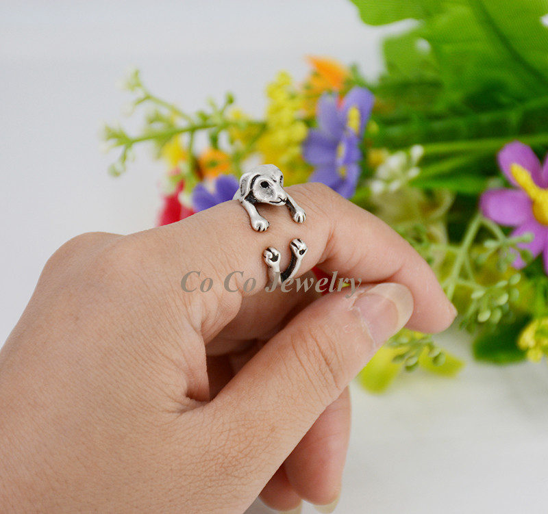 1Piece Vintage Hippie Brass Knuckle Sausage Dog Love Ring Boho Dachshunds Anel Masculino Rings For Women Anillos Men Jewelry