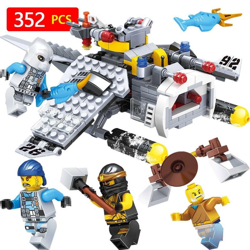 Galleria fotografica Ninjagoed Movie Series Manta Ray Bomber Figures <font><b>Legoinglys</b></font> <font><b>Technic</b></font> Building Blocks 70609 Model Bricks Education Toys For Boys