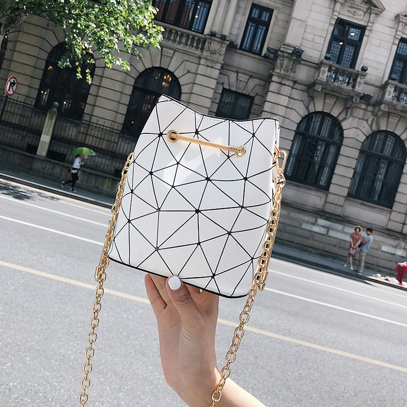 Brand design women shoulder bag Large capacity Chain bucket Handbags Quality PU leather Womens Totes Shopping Bag feminin