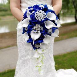 Водопад, королевские синие свадебные цветы, букеты из искусственного жемчуга, прозрачные, свадебные букеты, букет из розы