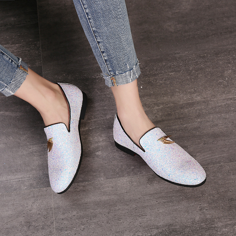 2019 Selling Men Liesure Shine Doug Flat Slip on Dress Shoes Casual Pointed Toe Solid Color Wedding Loafer