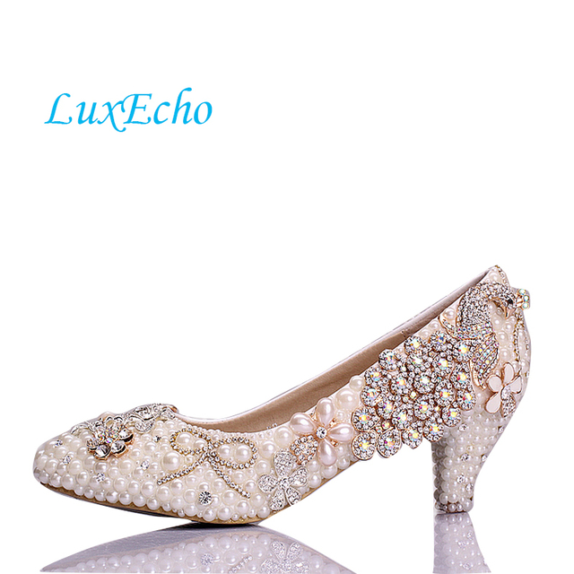 FASHION Aesthetic luxury pearl peacock wedding shoes performance shoes low  heel crystal wedding shoes women formal dress shoes c34855c73f6d