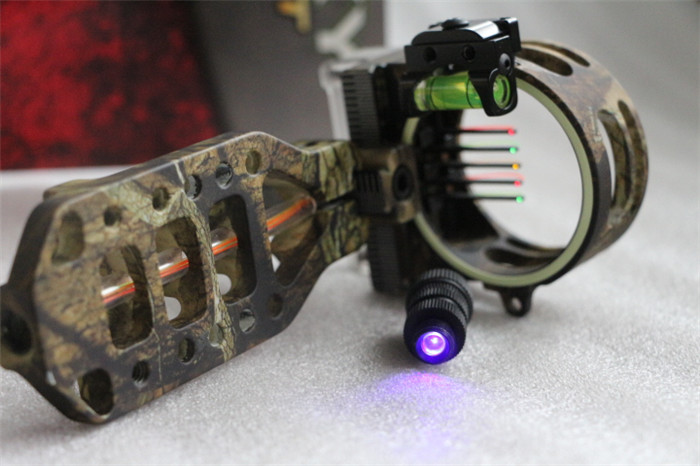1pcs Linkoy archery bow sight 5-PIN 0.019'' W/ LIGHT, Fiber Optic LED sight ARIES CAMO BOW SIGHT for bow accessories