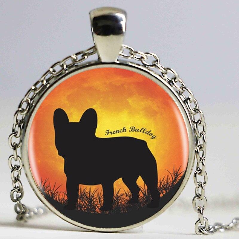 1 Teile/los Bulldog Logo Anhänger Halskette Heißer Verkauf Bulldog Kunst Halskette Harz Anhänger Französisch Bulldog Silhouette Schmuck Exzellente QualitäT