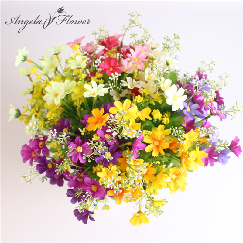 Cute Silk Daisy Artificial Flower With One Bouquet 7 Branch 28 Heads For Wedding Decoration 15