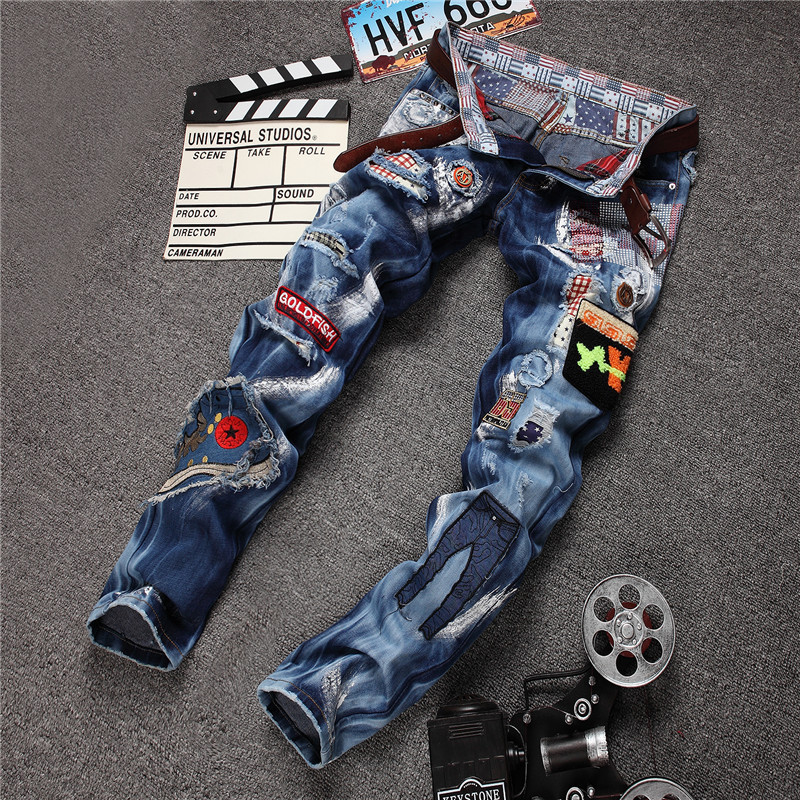 Stylish patchwork ripped pants men light blue jeans with embroidery badges slim straight moto trousers pp rock denim fabric