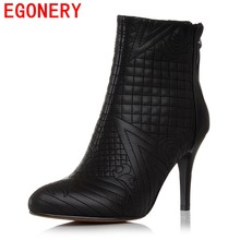 0308601bb41d2 EGONERY inverno ankle boots mulheres sapatos de bico fino bordado botas de  couro genuíno mulher de volta zipper botas de salto a.