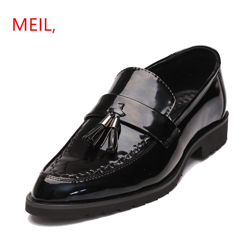 d8355bcd90b8 Mens Formal Tassel Slip on Patent Leather Dress Shoes Men Pointed Toe Flats  Male Italian Elegant Business Oxford Shoes 2018