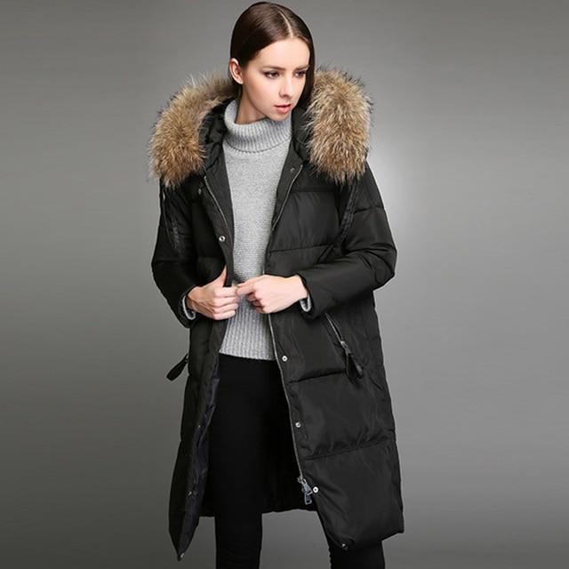 Бесплатная доставка; Новинка 2017 года; зимняя куртка женские из натурального меха енота пальто парка высокого качества женские Пуховики на гусином пуху длинные пальто