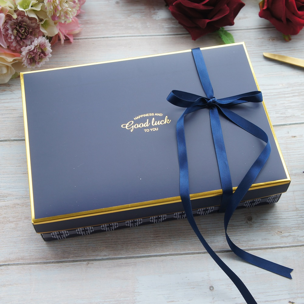 22*15*5cm 5pcs Royal Style Blue Gold Good Luck Paper Box As Macaron Chocolate Cookie Wedding Birthday Party Gifts Packaging