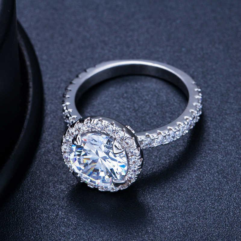 CWWZircons Gorgeous Big Halo แหวนหมั้นเครื่องประดับเงินรอบแฟชั่น Cubic Zirconia Sona งานแต่งงานแหวน R108